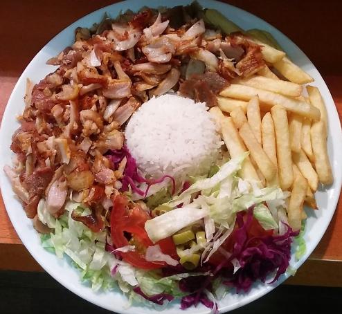 Plato de Kebab con Arróz